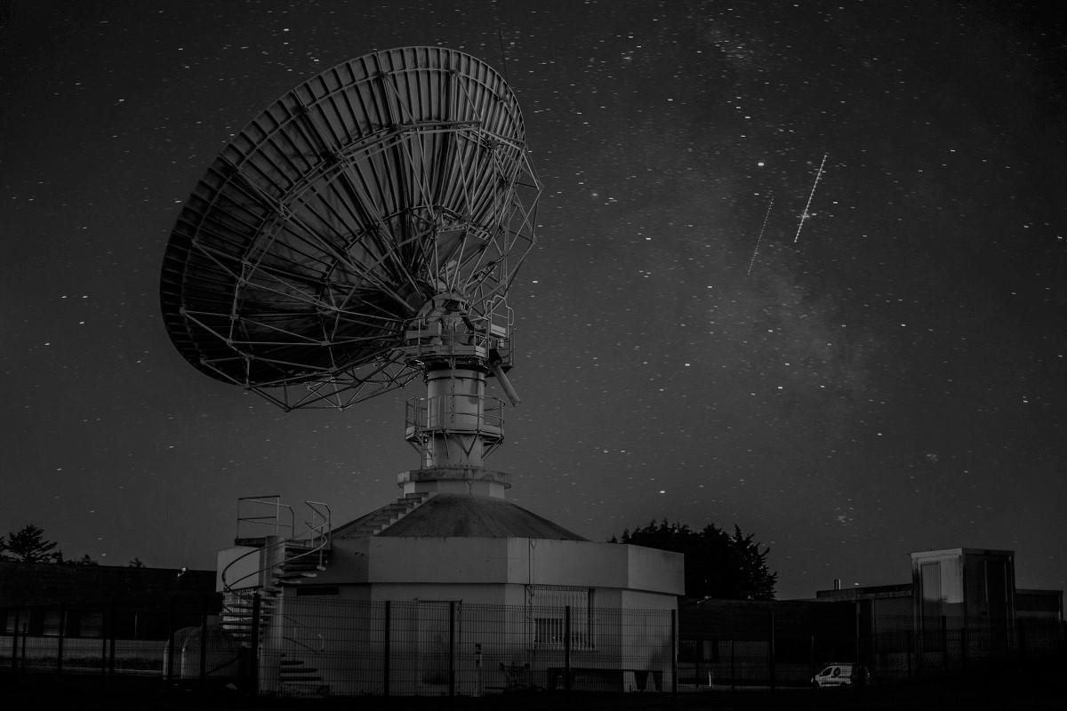 satelite data B&W 1200x800
